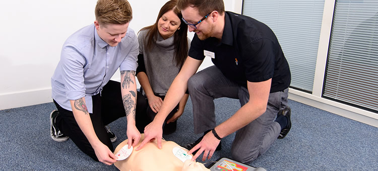 1 Day Emergency First Aid at Work Course