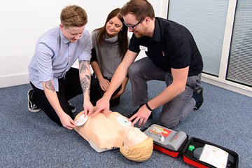 /news-images/2019-Sep/1-day-emergency-first-aid-at-work-course--687.jpg