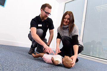 /news-images/2019-Sep/2-day-paediatric-first-aid-course--675.jpg