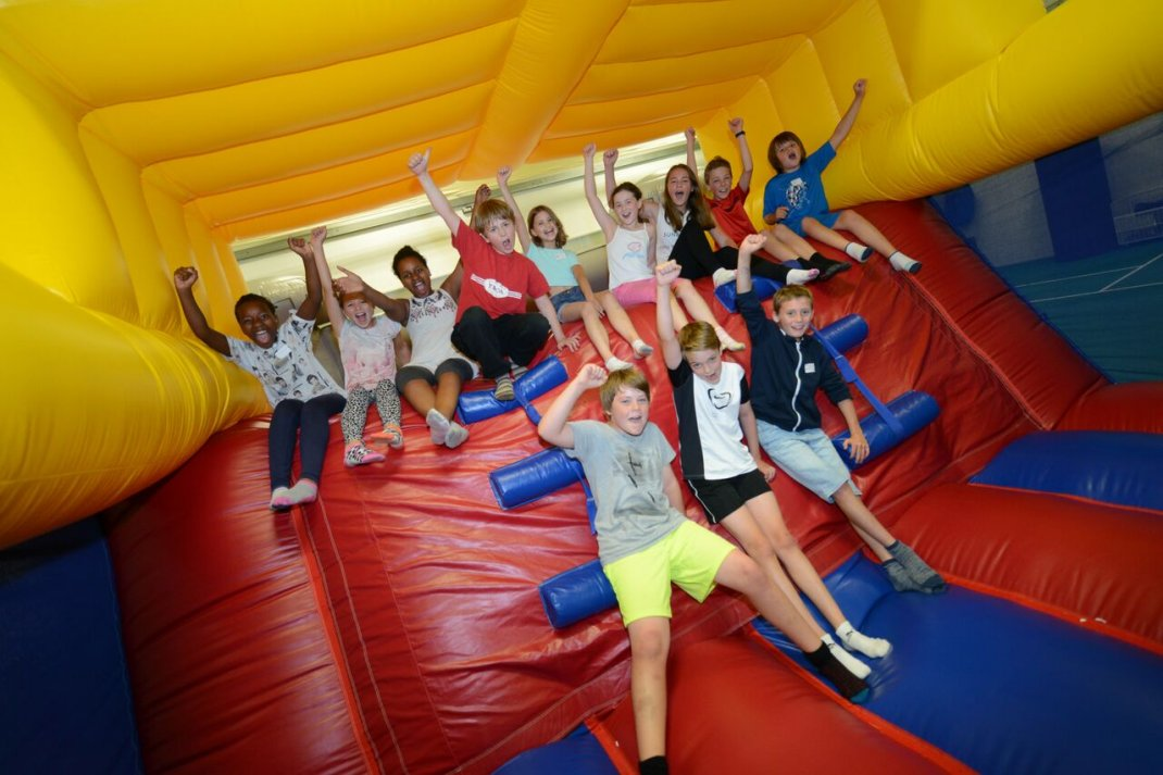 Bounce and play party